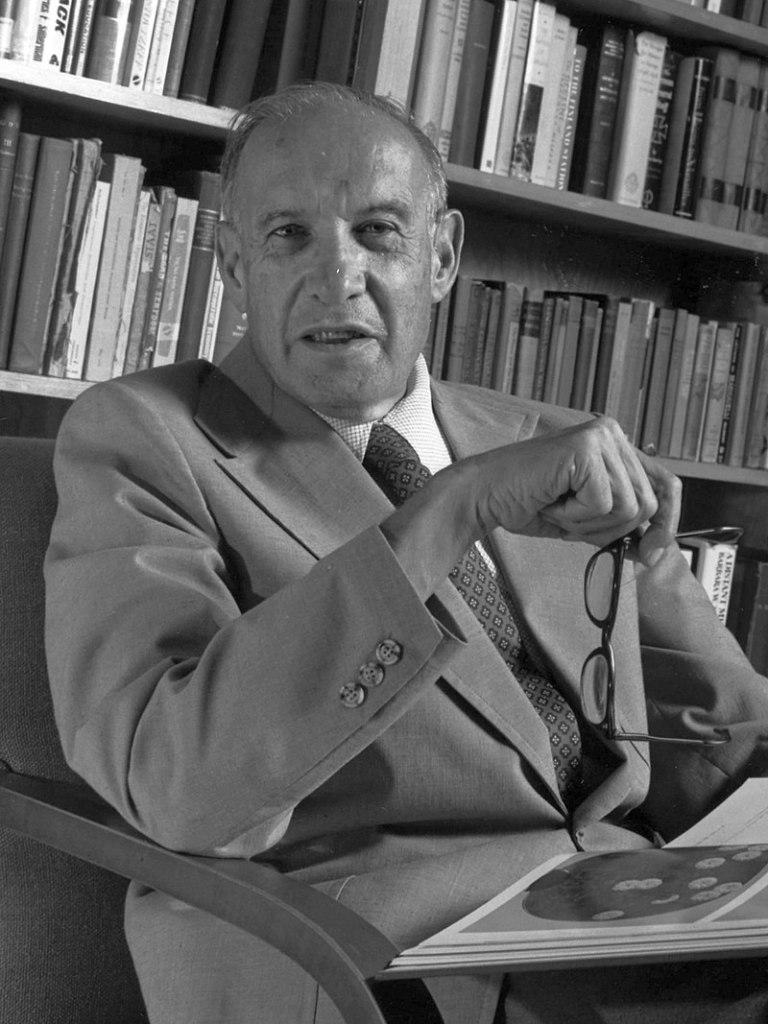 Peter F. Drucker, padre de la administración moderna